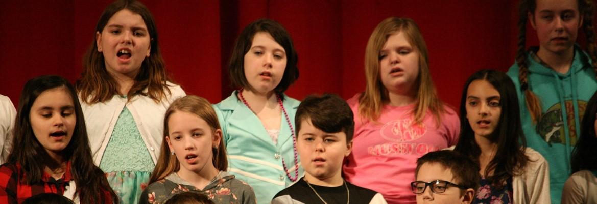 elementary chorus singing
